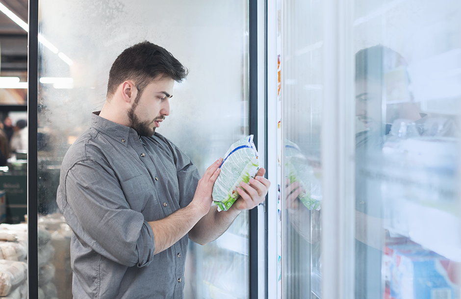 Monitoring and control of the refrigeration equipment temperature regime